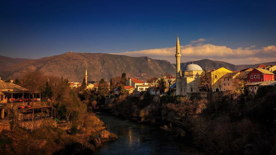 بوابة البوسنة المحظور حمله أثناء السفر